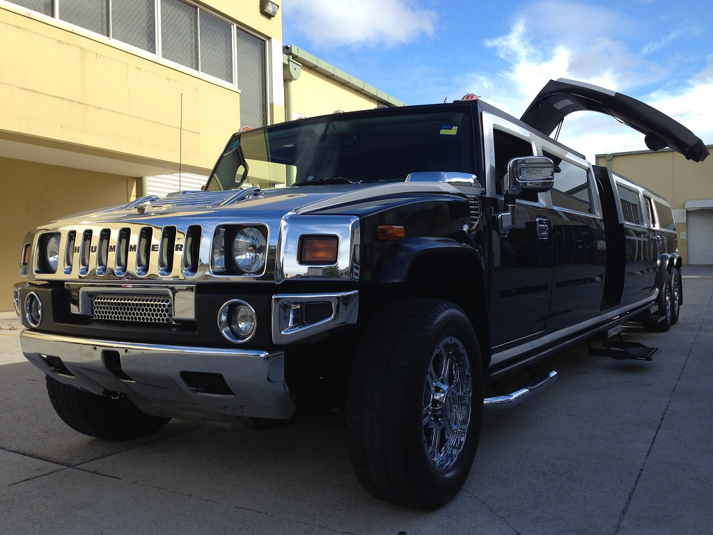 8 Seater Black and Silver Stretch Hummer – H8 Limousines ... | hire hummer sydney