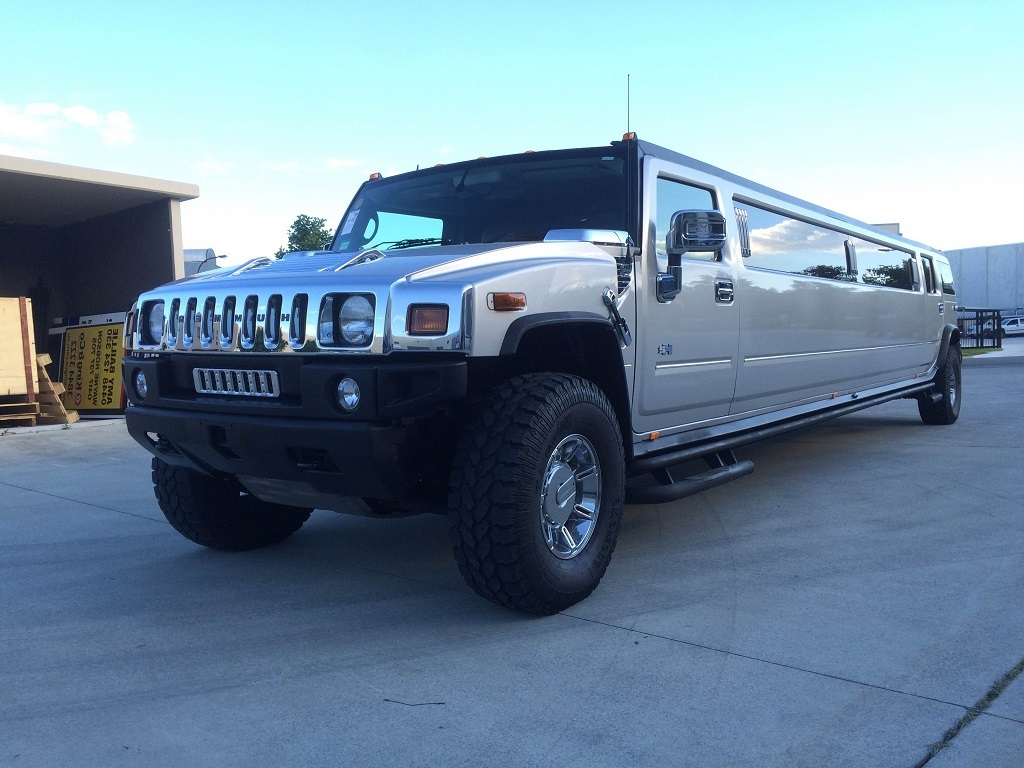 Hire A Cheap Discount Hummer Or Chrysler In Sydney Call Now To - Cheap hummer hire sydney